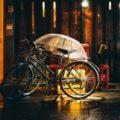 Rowerem w deszczowe dni